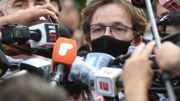 ¿A Maradona lo dejaron solo? Investigan negligencia médica