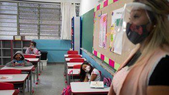 estudiantes, en contra del regreso al aula en brasil