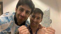 messi y su idolo: el abrazo y la selfie con aimar