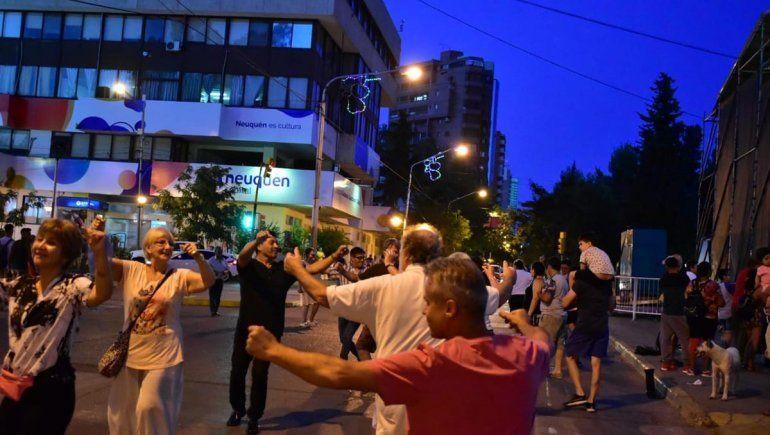 La ciudad vivió otra exitosa noche al ritmo del folclore argentino