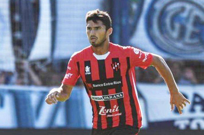 El neuquino Leandro Marín enfrenta a su ex equipo Boca.