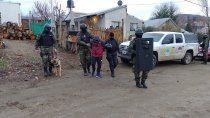 detienen a un policia de alumine vinculado a una banda narco