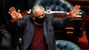 a los 85 anos, el uruguayo jose mujica dejo la politica