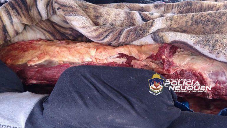 Balsa Las Perlas: trasladaban 100 kilos de carne dentro de un auto