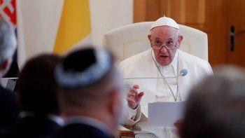 francisco defendio la objecion de conciencia en los casos de aborto