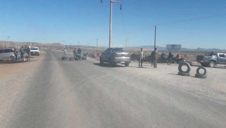 Desocupados bloquearon los accesos a Rincón de los Sauces
