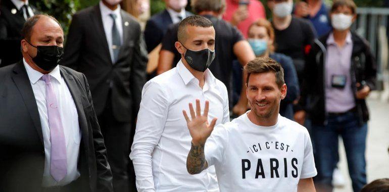 Messi revolucionó París: de Parque de los Príncipes al hotel