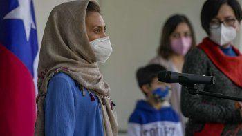 la academica afgana llego a chile y se le dara refugio