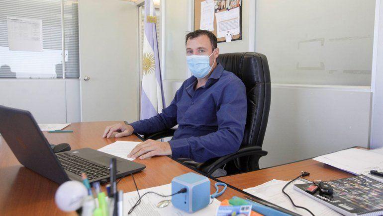 """""""Respecto a las camas de las terapias intensivas, no estamos al límite como estuvimos en la segunda ola en la que estábamos al 100% de ocupación de camas pero tampoco estamos liberados"""", explicó Alejandro Ramella, subsecretario de Salud de la provincia."""