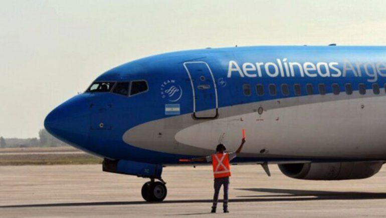 Aerolíneas muda vuelos (de nuevo) a Ezeiza
