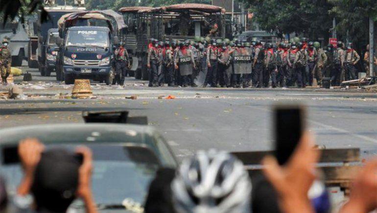 Myanmar vive su día más sangriento con la muerte de 38 manifestantes