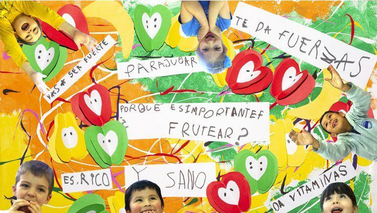 Dos colegios neuquinos ganaron un concurso que propone copar de frutas las escuelas