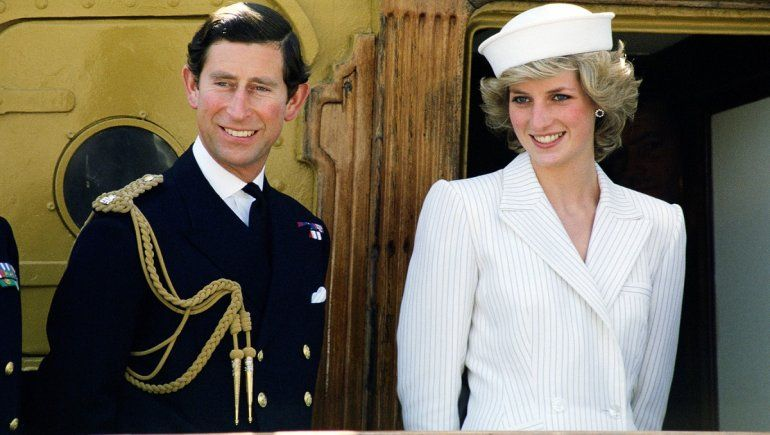 The Crown hace enfurecer al príncipe Carlos