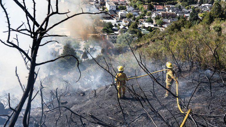 Incendio de San Martín: una pileta de lona le salvó la casa