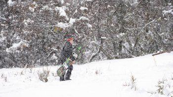 Temporada: llegó la nieve a la cordillera y se esperan señales