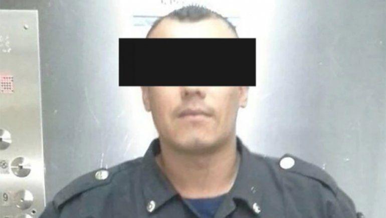 Policía quiso asustar a su pareja y mató a su hija de un tiro