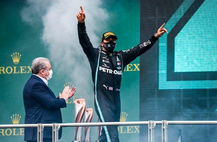 Lewis Hamilton no pudo contener su emoción al manifestar sus sensaciones tras conseguir su séptima estrellas en la Fórmula 1.