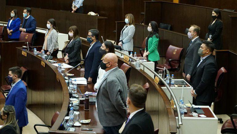 Diputados se unieron para visibilizar la prevención del suicidio