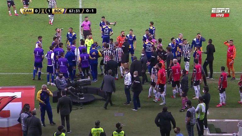 Polémica: el VAR le volvió a anular un gol a Boca y se picó