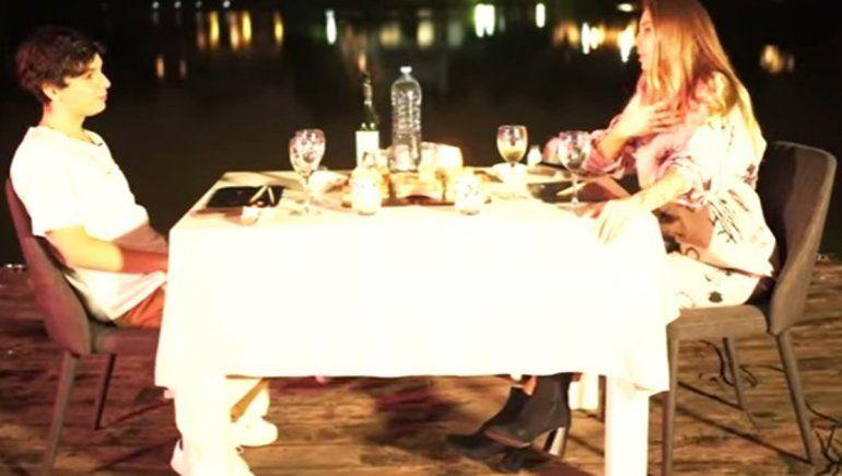 Romina Malaspina cenó con Oscu en la casa de un barrio privado | Foto: Captura YouTube