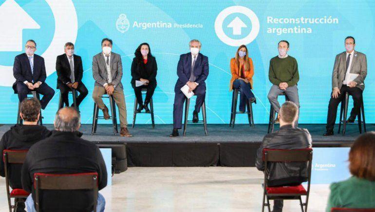 Fernández presentó el primer acuerdo sectorial de la industria de contenidos