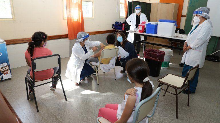 Cómo inscribir a los niños mayores de 3 años para recibir la vacuna contra el COVID