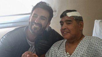 Allanaron la casa y el consultorio del médico de Maradona