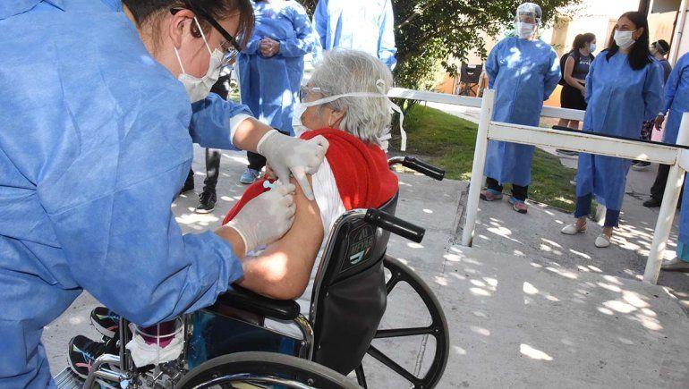 Vacunas: cómo es la inscripción de personas con discapacidad y factores de riesgo asociados