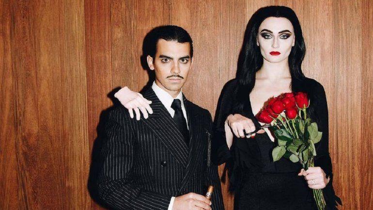Joe Jonas y Sophie Turner para Halloween