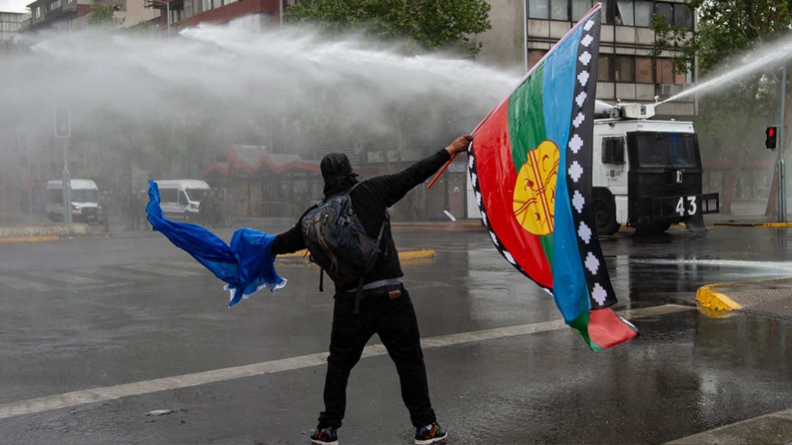 conflicto mapuche: chile decreta el estado de emergencia en el sur