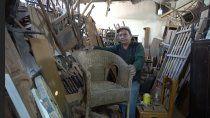 la pasion por el arte de restaurar muebles antiguos