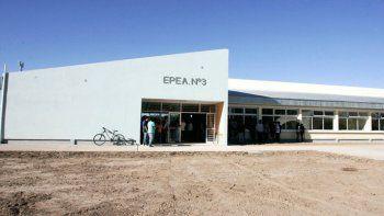 El Chañar: niegan que la consulta popular sea para cerrar la EPEA