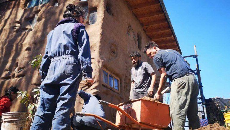 La construcción natural es la posibilidad de una casa propia