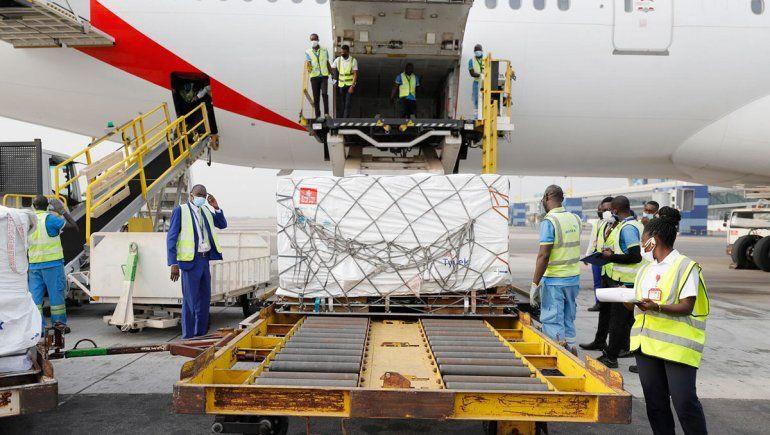 Comenzó la entrega mundial de dosis de las Naciones Unidas