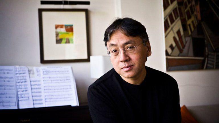 El escritor británico Kazuo Ishiguro ganó el Nobel de Literatura