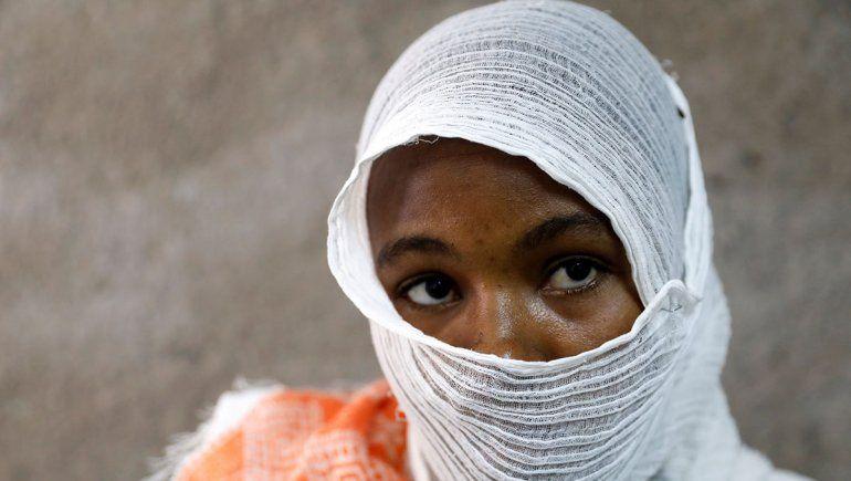 Joven fue violada por 23 soldados durante 11 días