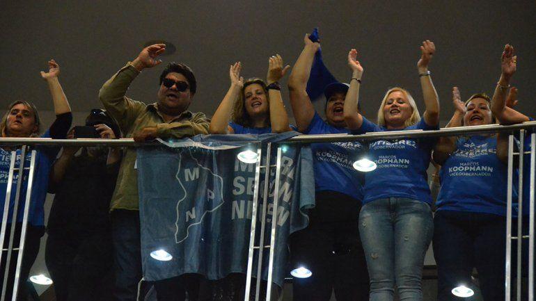 Con cánticos, los militantes del MPN apoyaron a Gutiérrez tras el discurso