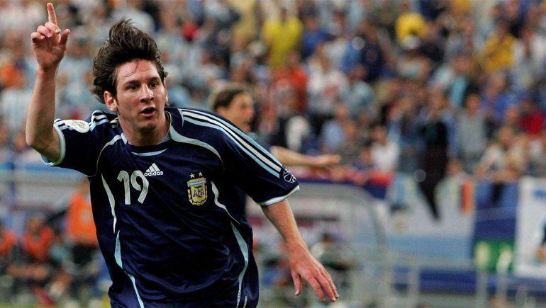 ¡Ya 15 años! El debut de Messi en mundiales y su primer gol