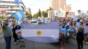 En fotos: cómo se sintió la marcha del #27F en Neuquén