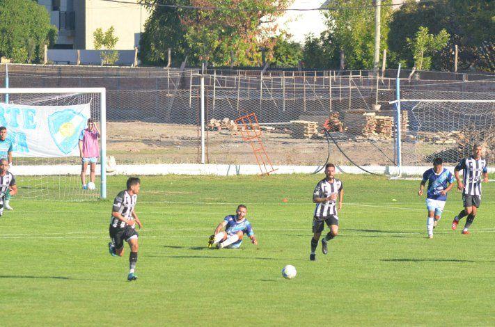 Nicolás Trecco hizo el gol del empate de Cipo.