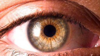 descubren nueva secuela del covid: alteracion en la superficie de los ojos