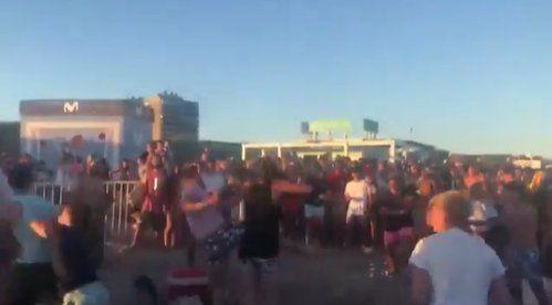 Verano en Pinamar: pelea multitudinaria en dejó una herida