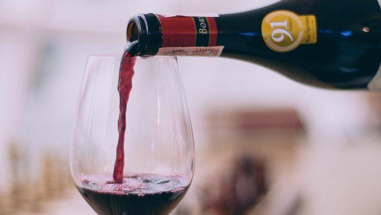 Diez vinos fáciles de conseguir para hacer un regalo a papá