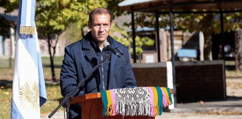 Gutiérrez estuvo en El Cholar y prometió terminar obras pendientes en pandemia