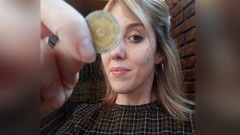 El furor de las monedas de un peso con error llegó a Cipolletti