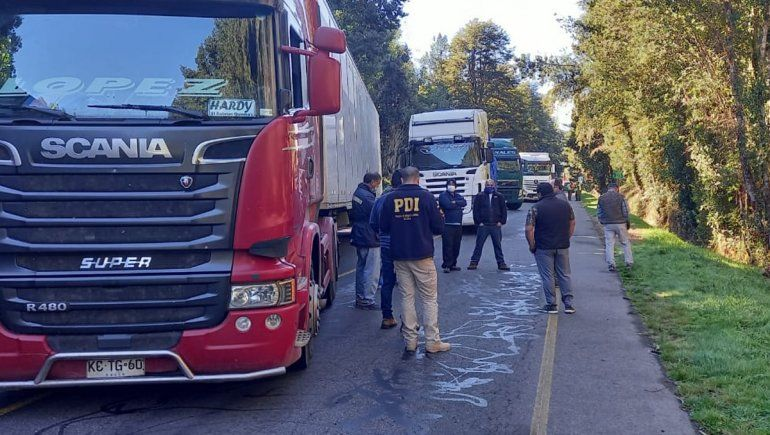 Habilitaron Pino Hachado para el paso de los camiones chilenos varados