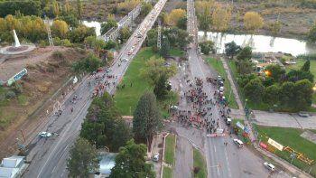 puentes carreteros: autoconvocados levantaron el corte