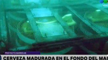 El colmo: se robaron barriles de cerveza que estaban sumergidos en el mar