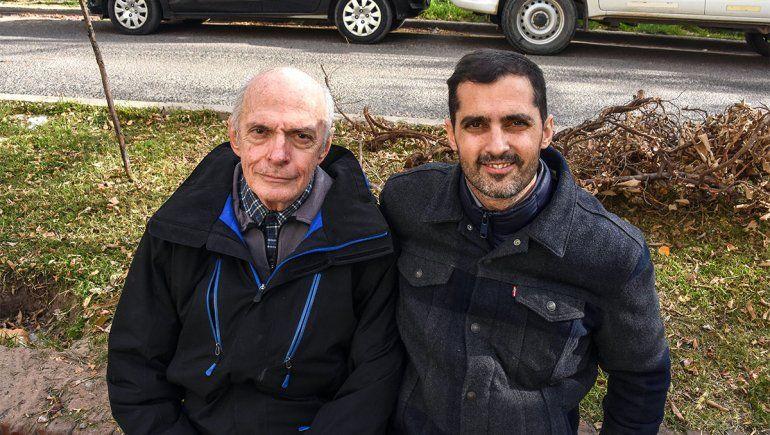 Es médico, le tuvo que diagnosticar COVID a su papá y lo acompañó en una dura batalla