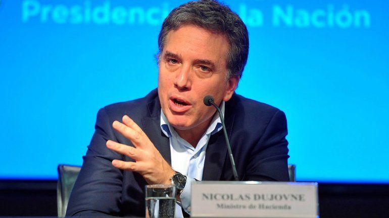 Nicolás Dujovne dijo que se usarán reservas pero no sabe cuándo